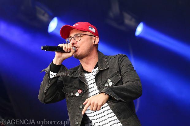 Rap w barwach magenty, czyli trasa koncertowa Pezeta