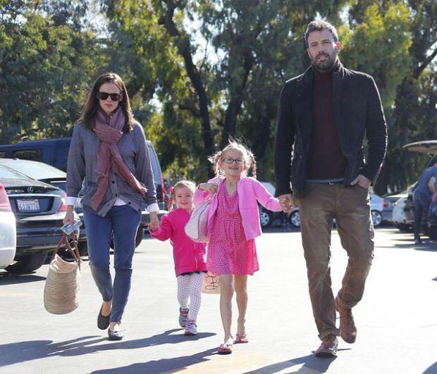 Ben Affleck i Jennifer Garner z córkami