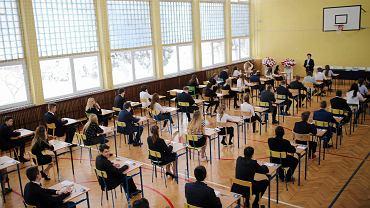 Próbny egzamin ósmoklasisty. 19 grudnia uczniowie rozwiążą zadania z matematyki