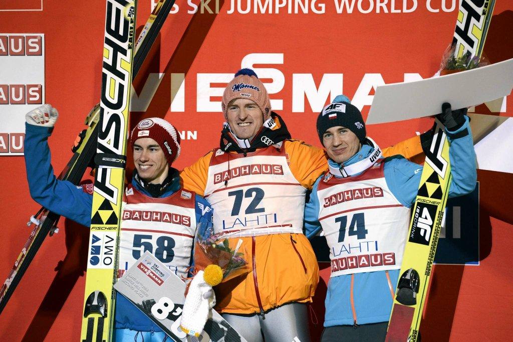 Stefan Kraft, Severin Freund i Kamil Stoch na podium w Lahti