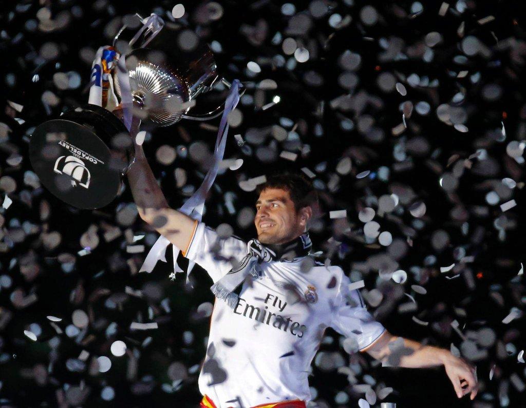Iker Casillas po wygraniu Pucharu Króla w 2014 roku