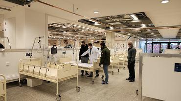 Październik 2020 r. Szpital tymczasowy na Stadionie Narodowym