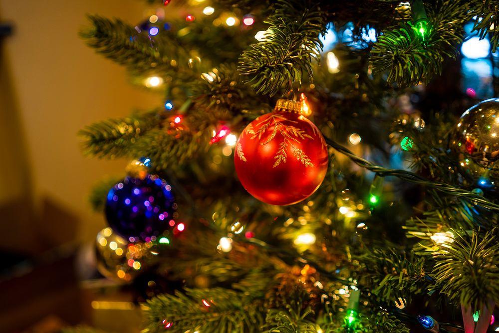 Wierszyki na Boże Narodzenie mogą posłużyć jako życzenia dla bliskich. Zdjęcie ilustracyjne
