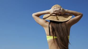 kapelusz damski na lato