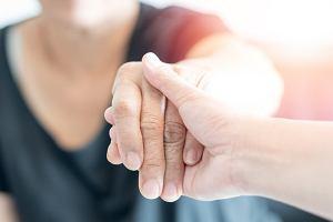 Niedowład kończyn: jakie choroby powodują niedowład kończyn, leczenie niedowładu