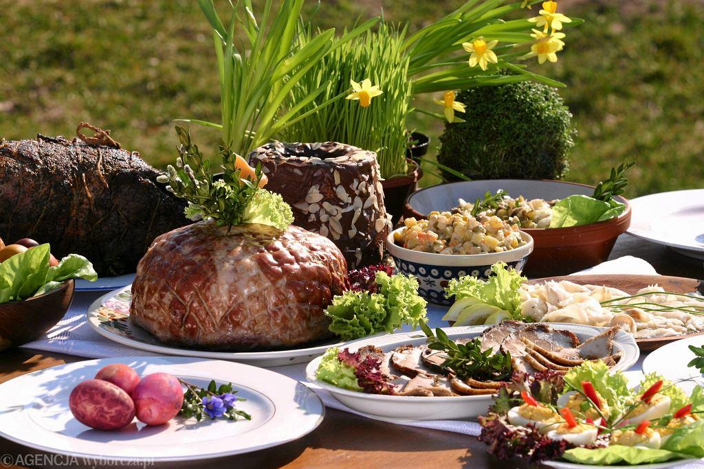 Potrawy Wielkanocne Jakie Dania Powinny Znalezc Sie Na Swiatecznym