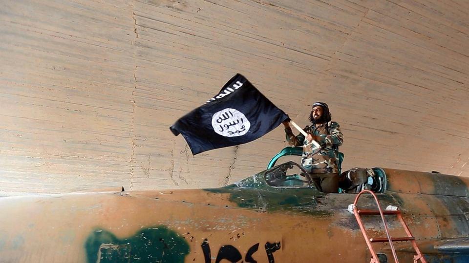 Wojownik tzw. Państwa Islamskiego w Syrii