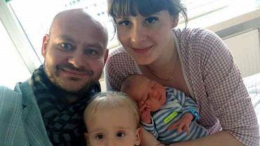Gliwice. Policja eskortowała do szpitala rodzącą kobietę. Gnali 200 km/h, żeby dogonić rodziców [WIDEO]