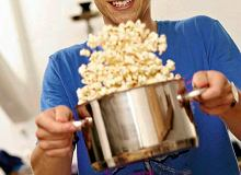 Parmezanowy popcorn - ugotuj