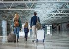 Z dzieckiem na wakacjach za granicą. O czym pamiętać, gdy wyjeżdżają rodzice, a o czym, gdy zabiera je babcia?