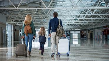 O czym pamiętać przed wyjazdem z dzieckiem za granicę?