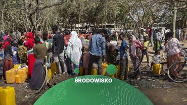 Kolejka po wodę w Etiopii
