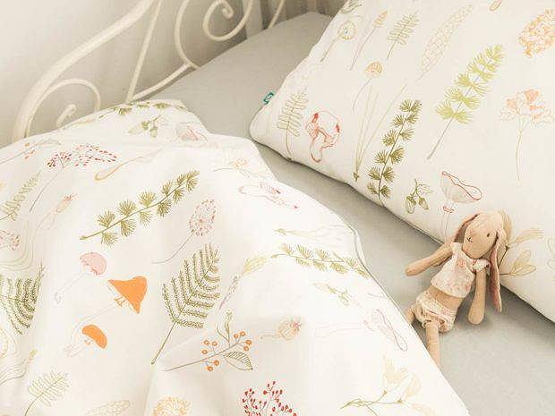 Pościel do łóżeczka dla dzieci inspirowana naturą.
