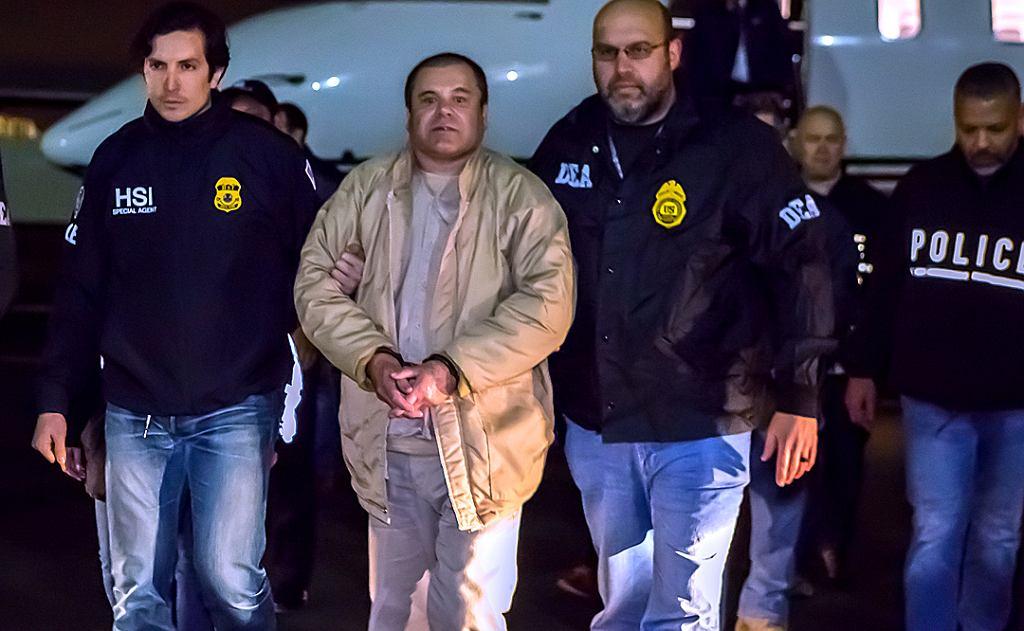 fot. <a href='https://https://commons.wikimedia.org/wiki/File:El_Chapo_in_U.S._1.jpg#/media/File:El_Chapo_in_U.S._1.jpg'> Ted Psahos, Public Domain  |</a> |