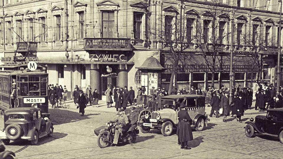 róg ul. Jerozolimskich i Marszałkowskiej, 1935 rok.