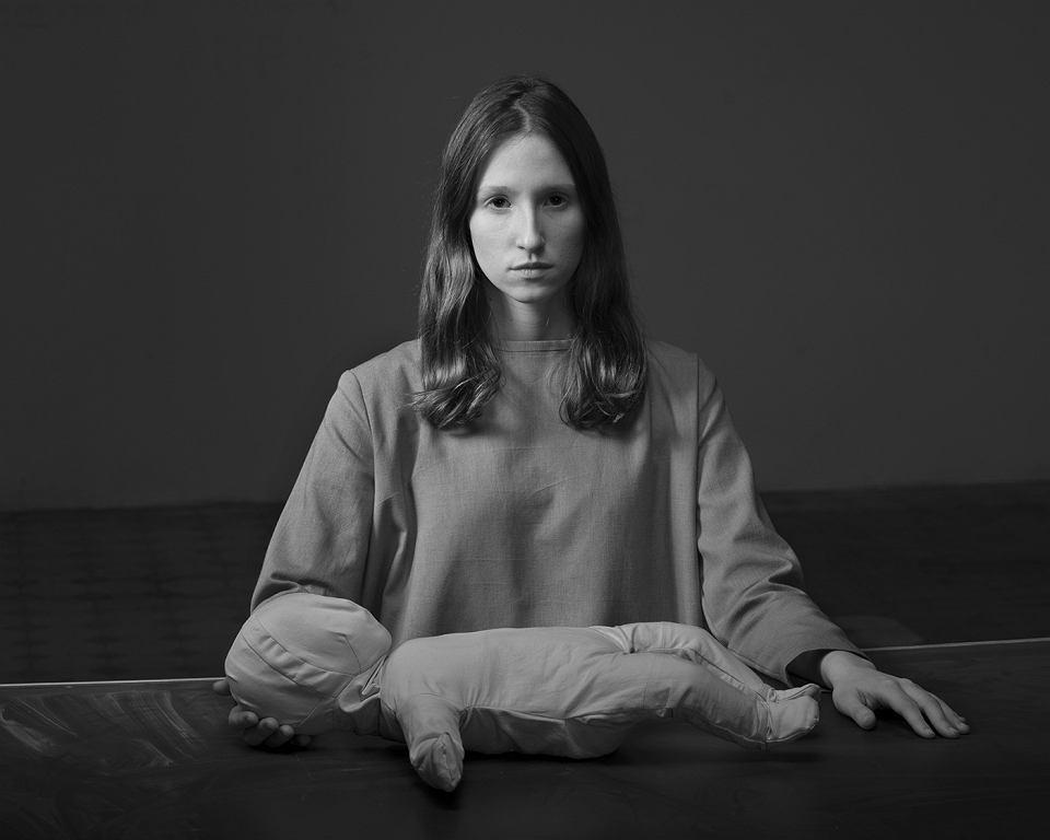 Agnieszka Mastalerz, Michał Szaranowicz - PRIMARY SWARM, 2020, fotografia cyfrowa na dibondzie, papier archiwalny, 100 x 120cm