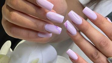 Mauve nails