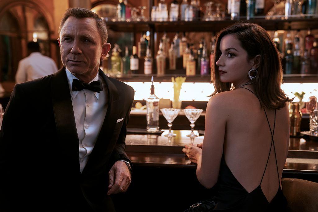 Daniel Craig i Ana de Armas jako James Bond i Paloma w filmie 'Nie czas umierać'. Czy po półtorarocznym opóźnieniu doczekamy się premiery w październiku 2021?