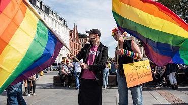 Kandydat PiS na posła chce odwołania sobotniego Marszu Równości we Wrocławiu, bo w Warszawie tego dnia odbędzie si,ę pogrzeb Kornela Morawieckiego.