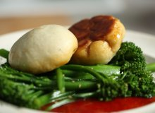 Bułeczki z mięsem na parze (Cha sui bao) - ugotuj