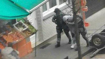 Zatrzymanie podejrzanego o zamach w Paryżu