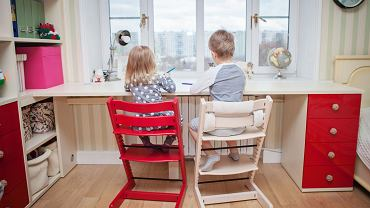 Meble powinni rosnąć razem z dzieckiem. Jak urządzić kącik ucznia?