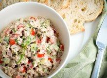Sałatka majonezowa z tuńczykiem, awokado i czerwoną papryką - ugotuj