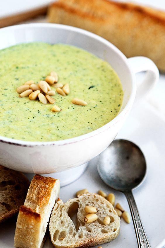 Zupa-krem to doskonałe danie dla osób, które dbają o zdrową dietę i swoją sylwetkę.