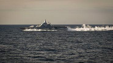 Szwedzka korweta typu Visby. Między innymi takie szukały 'rosyjskiego okrętu podwodnego'