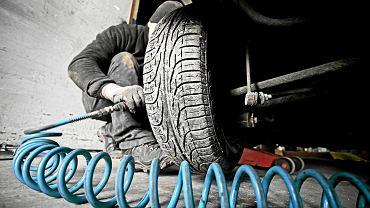 Opony całoroczne i ciężki SUV? ADAC ostrzega - to nie jest połączenie idealne