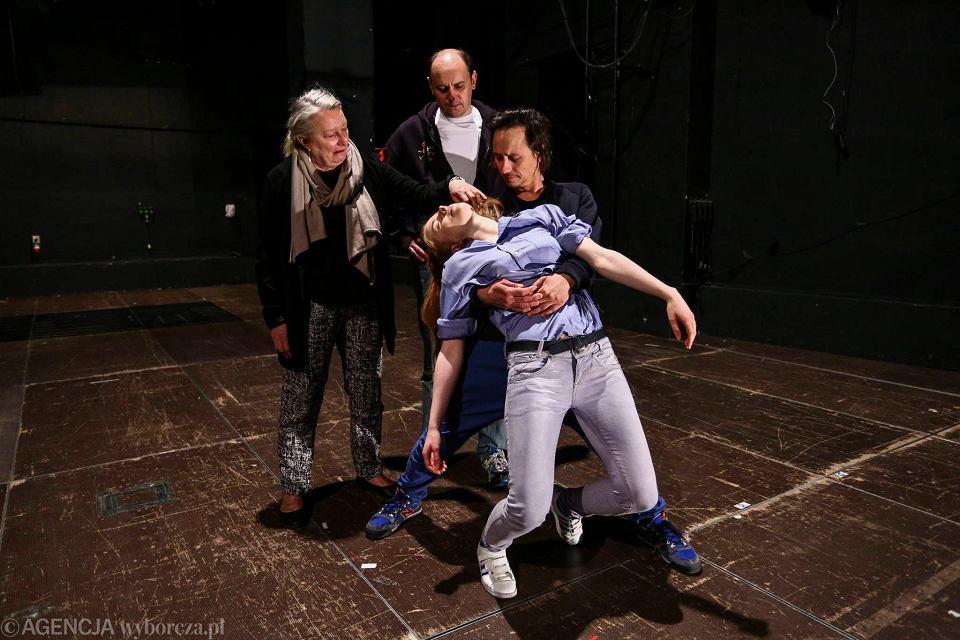 Zdjęcie numer 6 w galerii - Pierwszy Kontakt dowodzi, że teatr chce zmienić świat