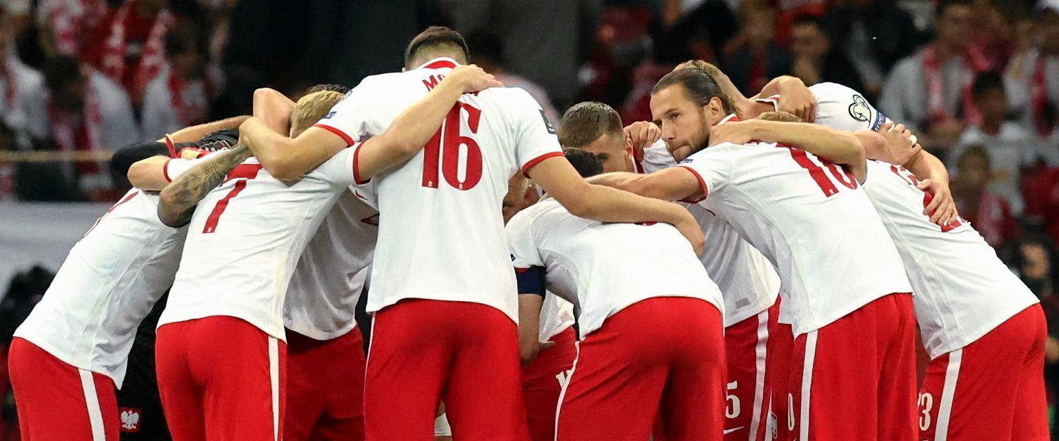 Reprezentacja narodowa podczas meczu z Anglią (Fot. Kuba Atys / Agencja Gazeta)
