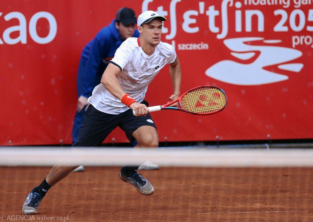 Kamil Majchrzak (Polska) w ćwierćfinałowym meczu z Duńczykiem Holgerem Vitusem Nodskov Rune