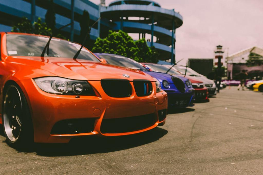 Jak w łatwy sposób i niskim kosztem podnieść wartość samochodu przed sprzedażą?