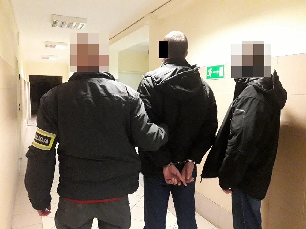Mężczyzna pchnięty nożem w hostelu przy ul. Burakowskiej. Policja zatrzymała napastnika