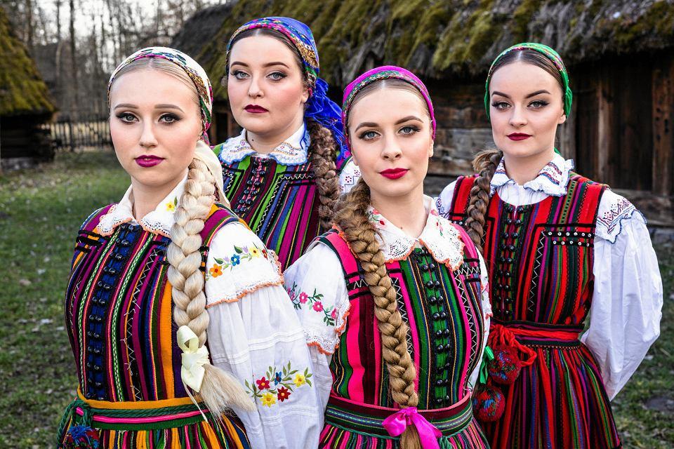 Zespół Tulia. Od lewej: Dominika, Tulia, Joanna i Patrycja