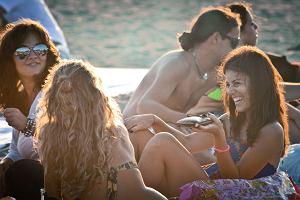Miasto + plaża = idealny urlop. Duże miasta Europy z pięknymi plażami