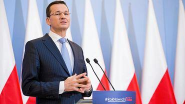 Według DGP, resort Mateusza Morawieckiego szykuje system zachęt do dłuższej pracy