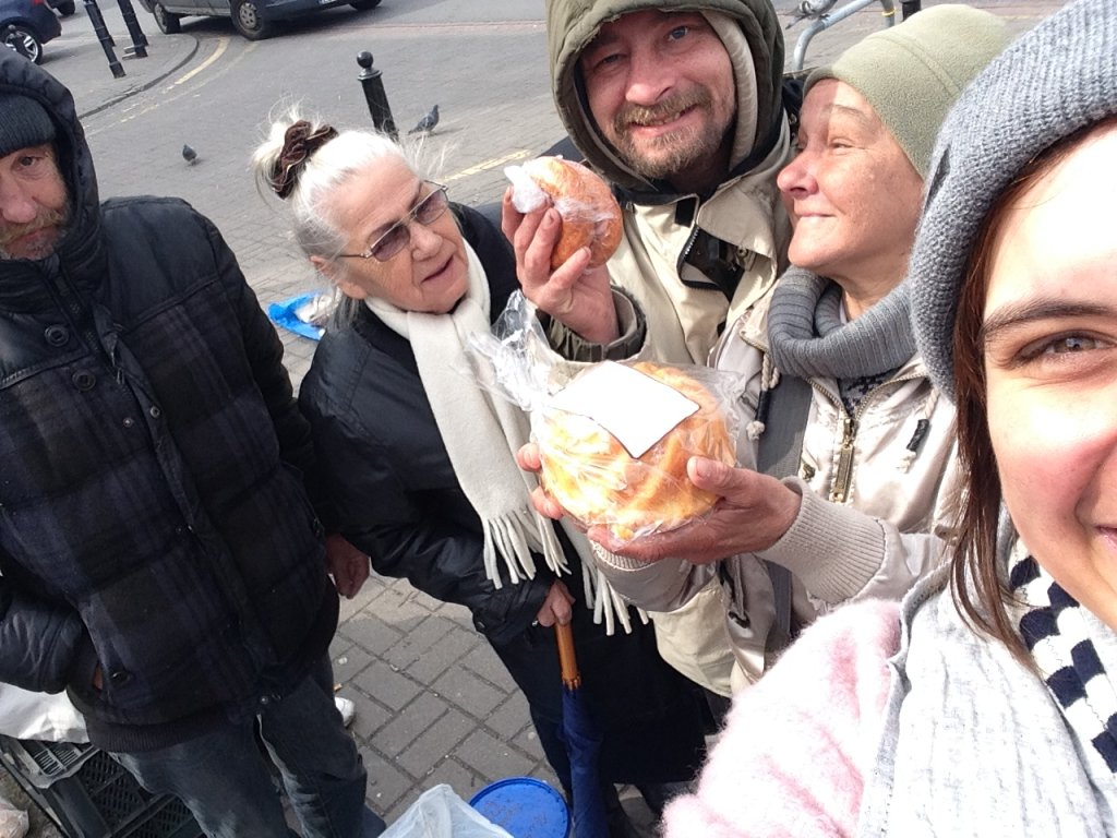Pierwsza edycja akcji 'Podziel się posiłkiem' podczas Wielkanocy