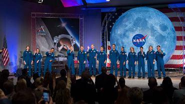 NASA szuka astronautów po raz pierwszy od czterech lat. Wybrańcy mogą polecieć na Księżyc