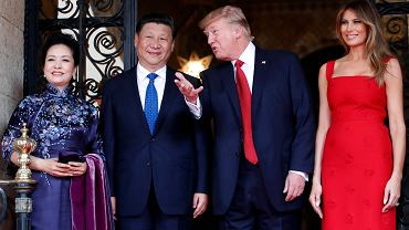 Prezydent Donald Trump z żoną Melanią oraz przywódca Chin Xi Jinping z żoną Peng Liyuan