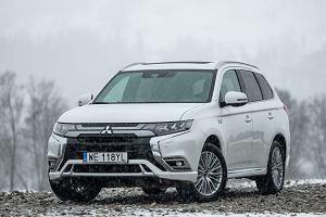 """Nowy Mitsubishi Outlander PHEV wyceniony w Polsce. W razie klęski żywiołowej, posłuży jako """"generator"""""""