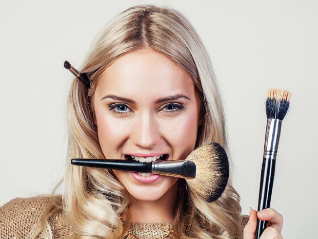 Makijaż dla tłustej cery