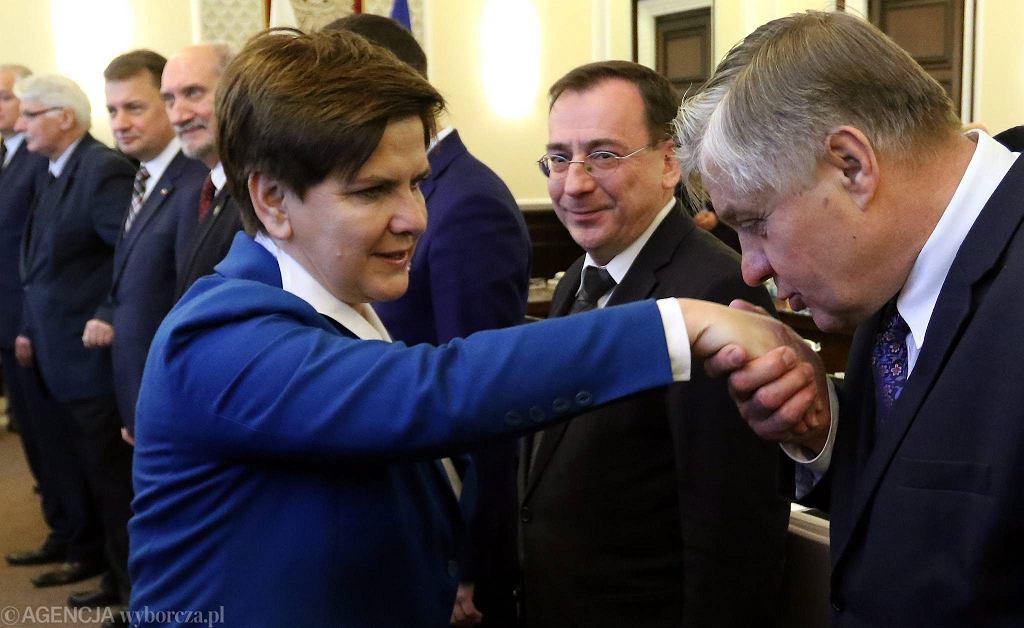 Premier Beata Szydło i minister rolnictwa Krzysztof Jurgiel