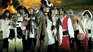Koszykarze Trefla jako piraci