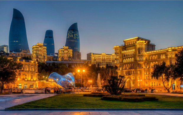 Baku, Azerbejdżan, fot. Urek Meniashvili / Wikimedia Commons