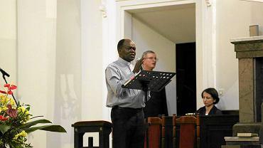 O. Bashobora podczas rekolekcji w Bazylice Najświętszego Serca Jezusowego