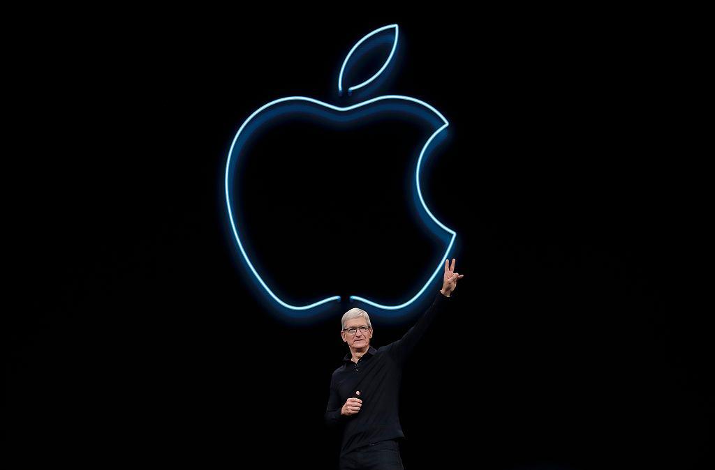 Apple Tim Cook Anniversary