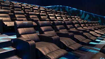 Najnowocześniejsze kino sieci Helios w Polsce powstało w Libero w Katowicach. Wśród ośmiu nowoczesnych sal szczególnie wyróżniają się dwie, w których obraz wyświetlany jest w rozdzielczości 4K