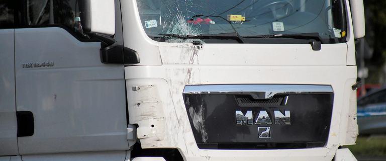 Polski kierowca nie stanął na blokadzie ''żółtych kamizelek''. Zabił 23-latka